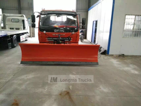 snow shovel on dongfeng truck