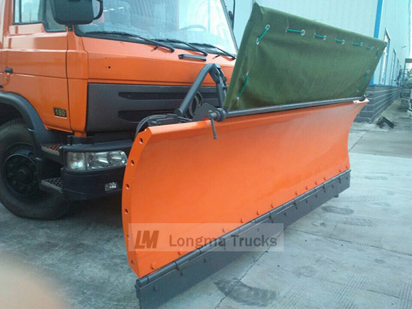 CLW snow shovel