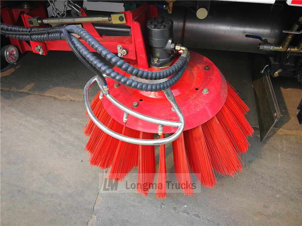 clw road sweeper vehicle