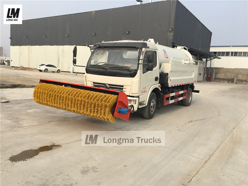 Dongfeng 5000 liters sewage suction truck with broom