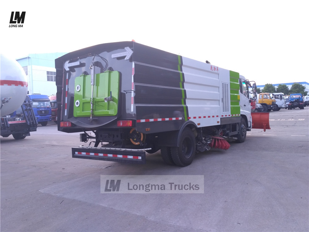 back view of dongfeng road sweeper 3