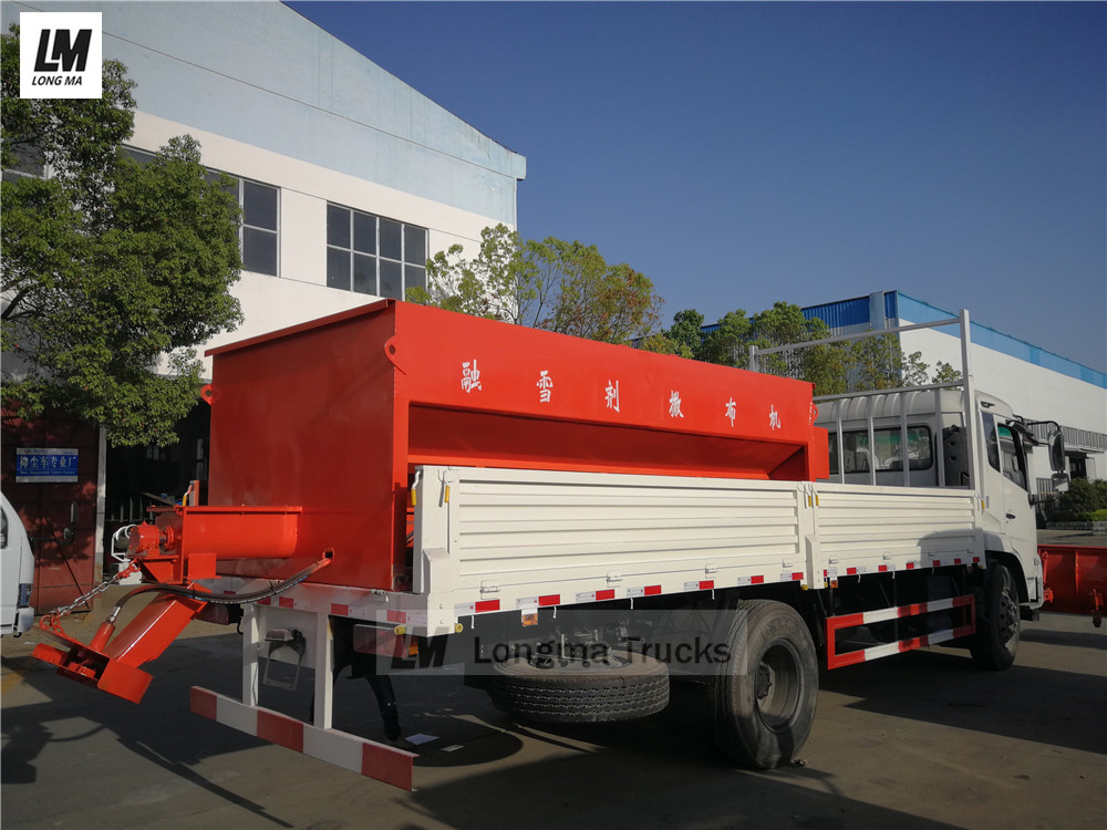 snow melting agent spreader on dongfeng snow removal vehicle
