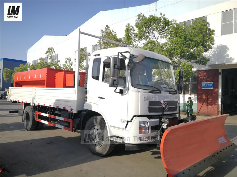المشهد الأمامي للشاحنة إزالة الثلوج دونغفنغ