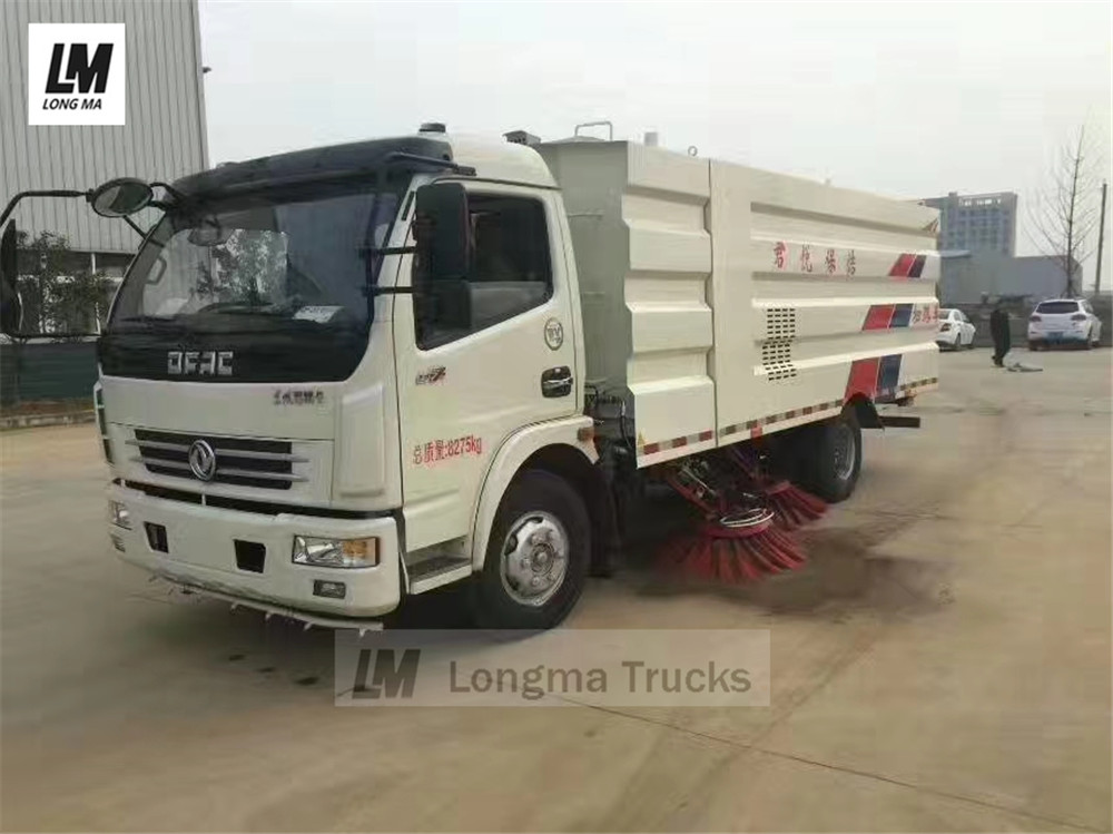 Dongfeng 5000 liters road sweeper truck