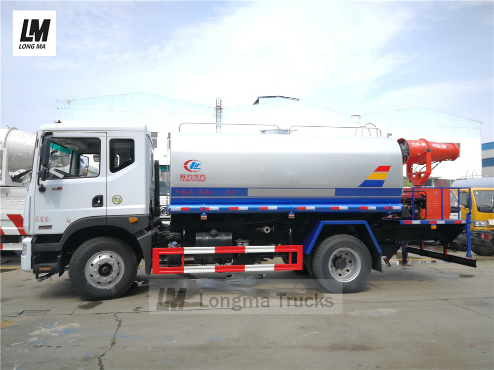 ganz Sicht von Dongfeng 12000 Liter Sprühwasser LKW