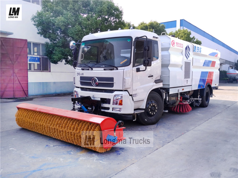 Dongfeng road sweeper truck with 3.3m snow broom