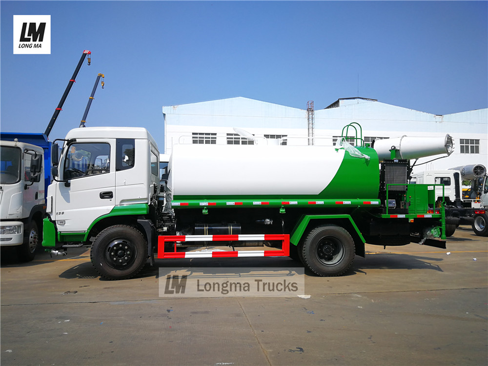 Dongfeng pesticide spraying vehicle
